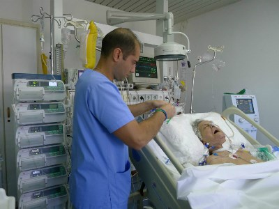 horizontal infusion pump in Hospital,